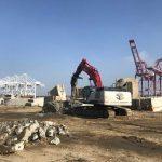 Crane concrete demolition